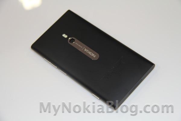 Batman edition Nokia Lumia 800