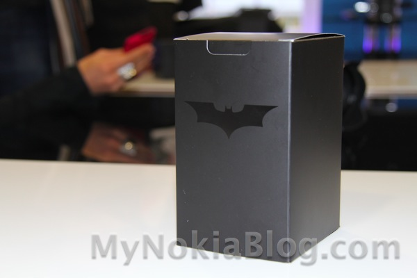 Nokia Lumia 800 Batman Dark Knight Edition